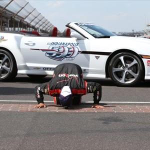 Indy 500: Montoya conquista Indianapolis