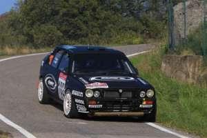 """Sono """"Lucky"""" e Fabrizia Pons al comando del Rally Due Valli Historic, dopo la prima tappa"""