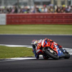 BritishGP RACE. Jack chiude 8° e torna in testa alla classifica Independent. Solido 11° posto per Pecco