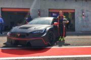 Michele Imberti sulla CUPRA TCR di ELITE Motorsport nel TCR Italy