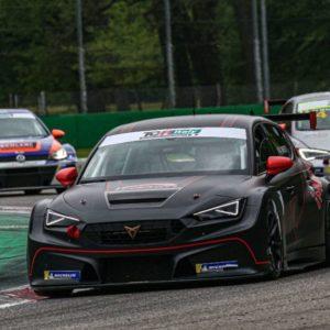 Ottimo inizio per ELITE Motorsport a Monza nel TCR Italy