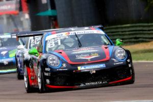 Raptor Engineering riaccende i motori a Vallelunga in Carrera Cup